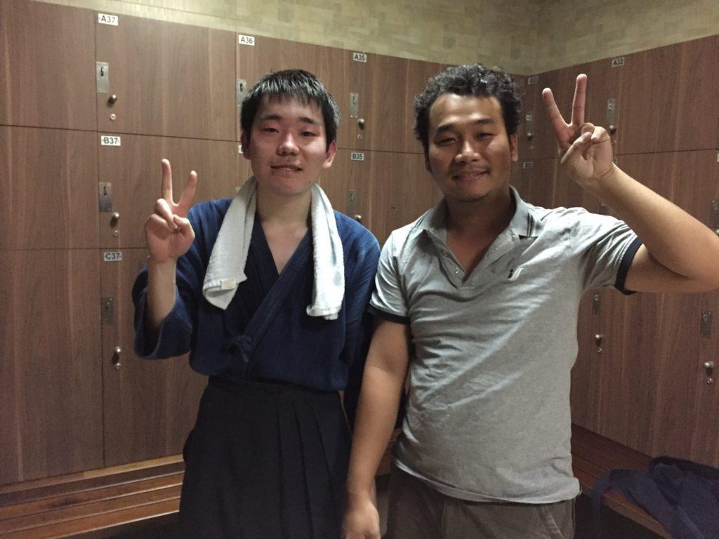 ベトナムの友人と剣道で汗を流した後の一枚