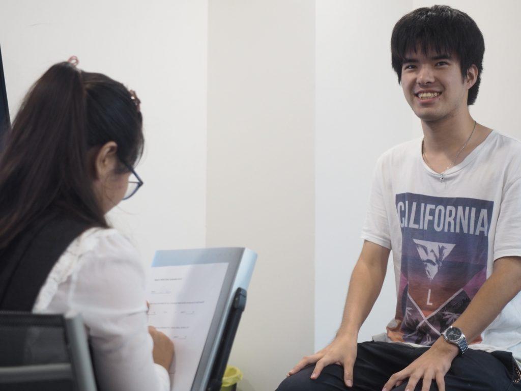 プログラムに満足そうな石田氏